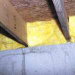 Basement and stud wall fiberglass insulation installation for Basement wall insulation blanket